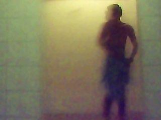 Fitness-Studio Dusche 18
