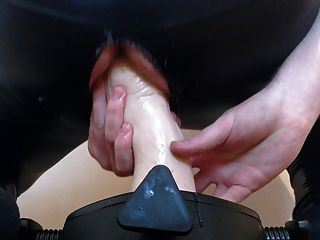 Gummifaust verdammt hart - einen neuen Stand mit meinem Arsch zu ruinieren