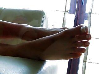 erstaunliche Zehen und Fuß
