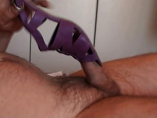Schuh-Fick mit cum