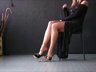 sexy Mädchen in sexy Fersen 4