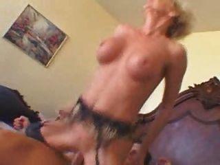 40+ Nymphomanin Cums auf seinem Schwanz