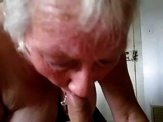 Oma saugt und Schwalben