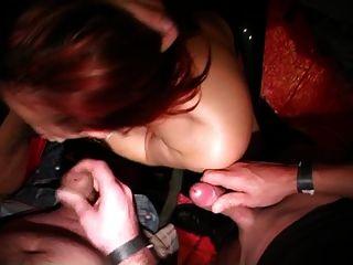 belgisches Mädchen saugt Schwänze Porno Kongress