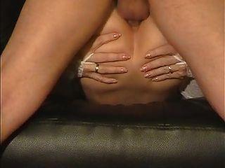 Amateur Frau liebt ihren Arsch gefickt hart und tief