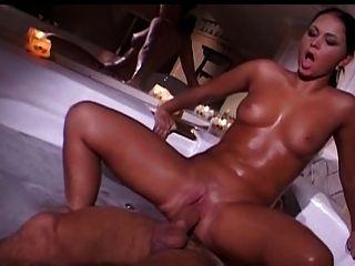 französisch Paar Fick in der Badewanne