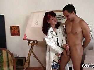 sie mag Malerei und harte Schwänze