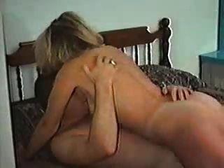 kanadische Frau, die Sex mit einem anderen Mann