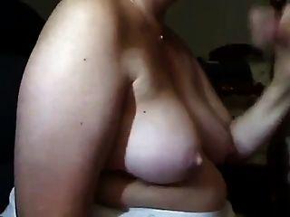 reife Frau sucks dick und bekommt cum auf ihre Titten