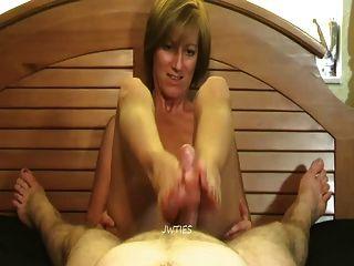 reifen foot molly - cum auf ihre Sohlen