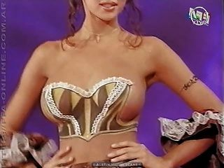 body painting - nackt auf TV-Show