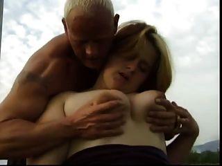 Pornofilm mit weiber