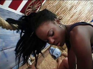 silvia saint tut dee und schwarzes Mädchen