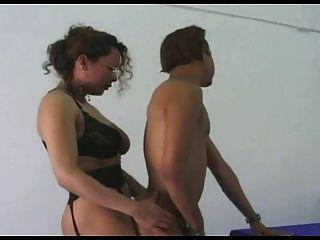 Italienisch Transvestiten Chef ficken Kerl