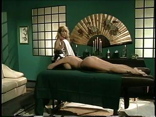 Mädchen Massage .....