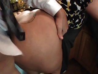 Big Titty mollig nimmt zwei in der Küche