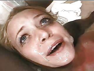 Mädchen wird von einem monstercock gefickt
