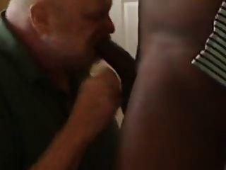 Fett zahnlos Mann Zahnfleisch schwarzen Schwanz