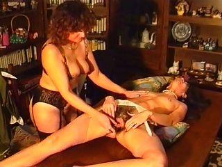 verrückt behaarte Pussy Masturbation und anal