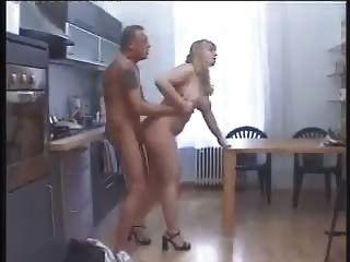 bbw stieß in der Küche