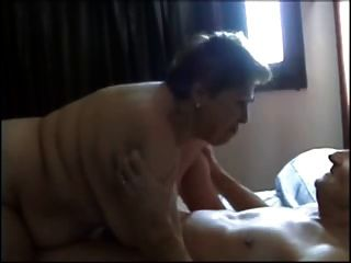 Französisch Oma Oralsex
