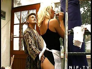 Französisch Babe in Dreier mit Papy Voyeur sodomized