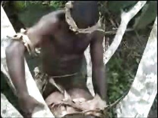 afrikanische Amateure Dreier im Freien