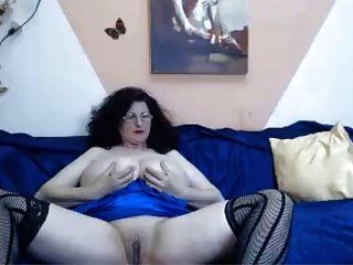 Webcam - 46 Jahre alt reifen mit riesigen Titten necken