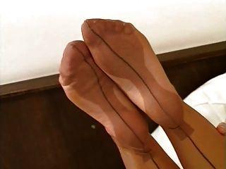 erstaunliche Nylon Füße 02