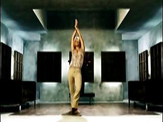 Billie Piper etwas tief xxx Version