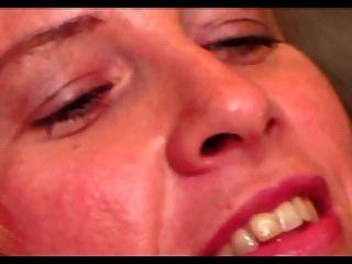 heiße haarige MILF sabrina ann bekommt ihren großen Lippen Möse gefickt