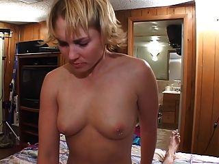 schmutzigen Nymphe verdammt, während Ehemann weg ist