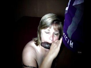 freche Frau sara liebt große schwarze Schwänze zu lutschen und ficken !!!