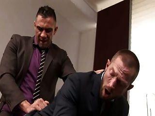 Homo Büro Szene 3