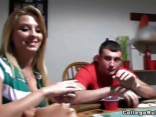 nackten assed Poker Schlampen