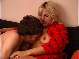 Russische Mutter und ihren Sohn nicht