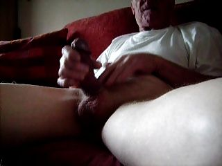 mein alter Hahn alle steif in Morgen (nicht cum)