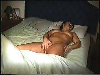 nackt im Bett
