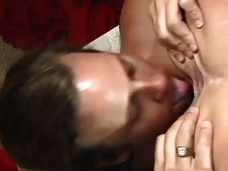 big titted Brünette MILF in Analaction