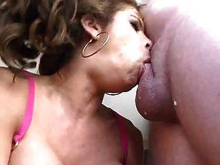 wow exelent tiefer Oralsex