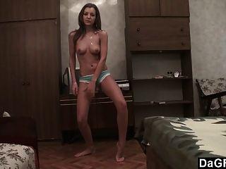 Vorsprechen Band ausgesetzt: Hochschulmädchen Filme sexy Striptease
