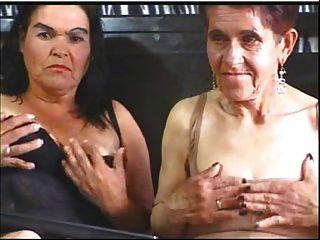 Oma s lesbian en cam