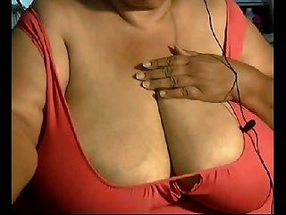 Sie gotta love diese großen reifen Titten