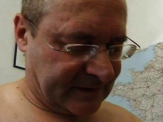 französisch reifen 26 behaarte Mutter MILF und ein alter Mann