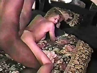 sexy Amateur interracial blonde Sex mit Schokolade Geck