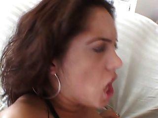 big tits Küken bekommt ihren Arsch schlug