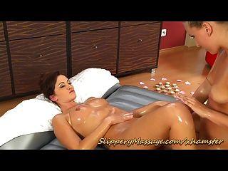 sexy Lesben rutschig nuru Massage