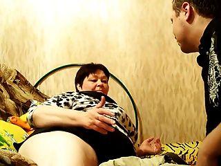 Russisch Reife Mama Kleine Titten