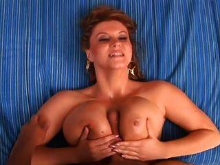 große natürliche Brüste 2