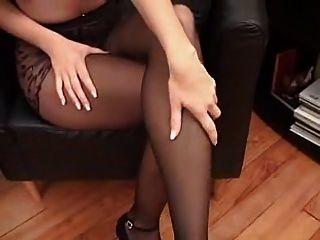 suzana in schwarzen Strumpfhosen